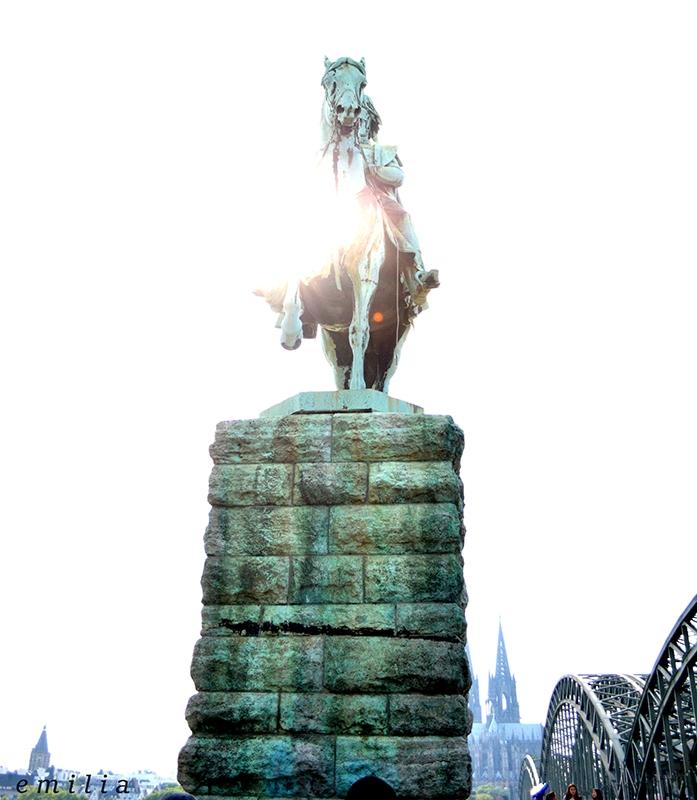 Denkmal Hohenzollernbrücke Köln